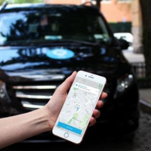 Taboola News désormais accessible sur l'application Via, l'expert du service de transport partagé