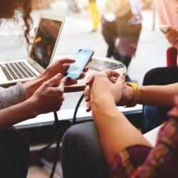 Les sites éditoriaux sont perçus comme une source de confiance: capitalisez sur votre brand safety et sur les contenus adjacents grâce à Taboola High Impact